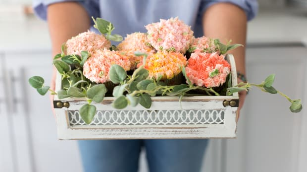 flower-cupcake-arrangement-craftberrybush