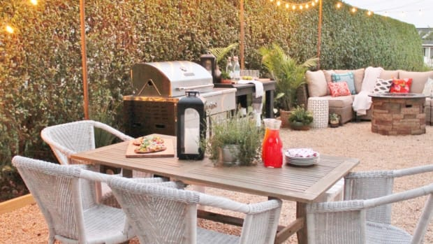 Outdoor-String-Lights-Summer-Entertaining