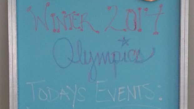 DIY Olympic Games Chalkboard