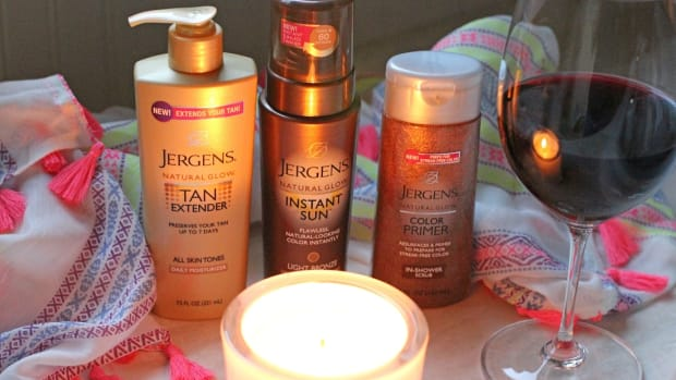 Jergens-Natural-Glow-Sunless-Tanning-Collection