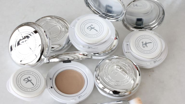 Is IT Cosmetics Confidence in a Compact Really All That?