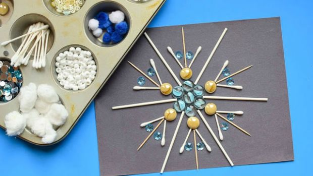 Build-A-Snowflake-Tinker-Tray-9.jpg