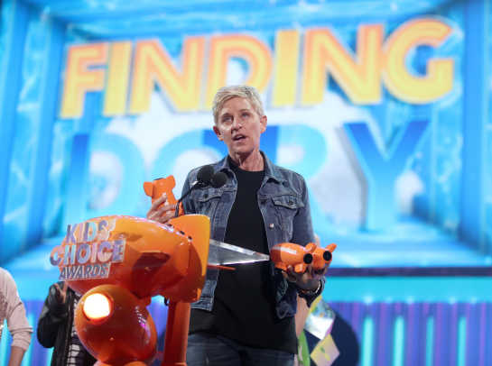 tv_personality_ellen_degeneres_accepts_the_award_for_favorite_voice_from_an_animated_movie_-_652230462.jpg