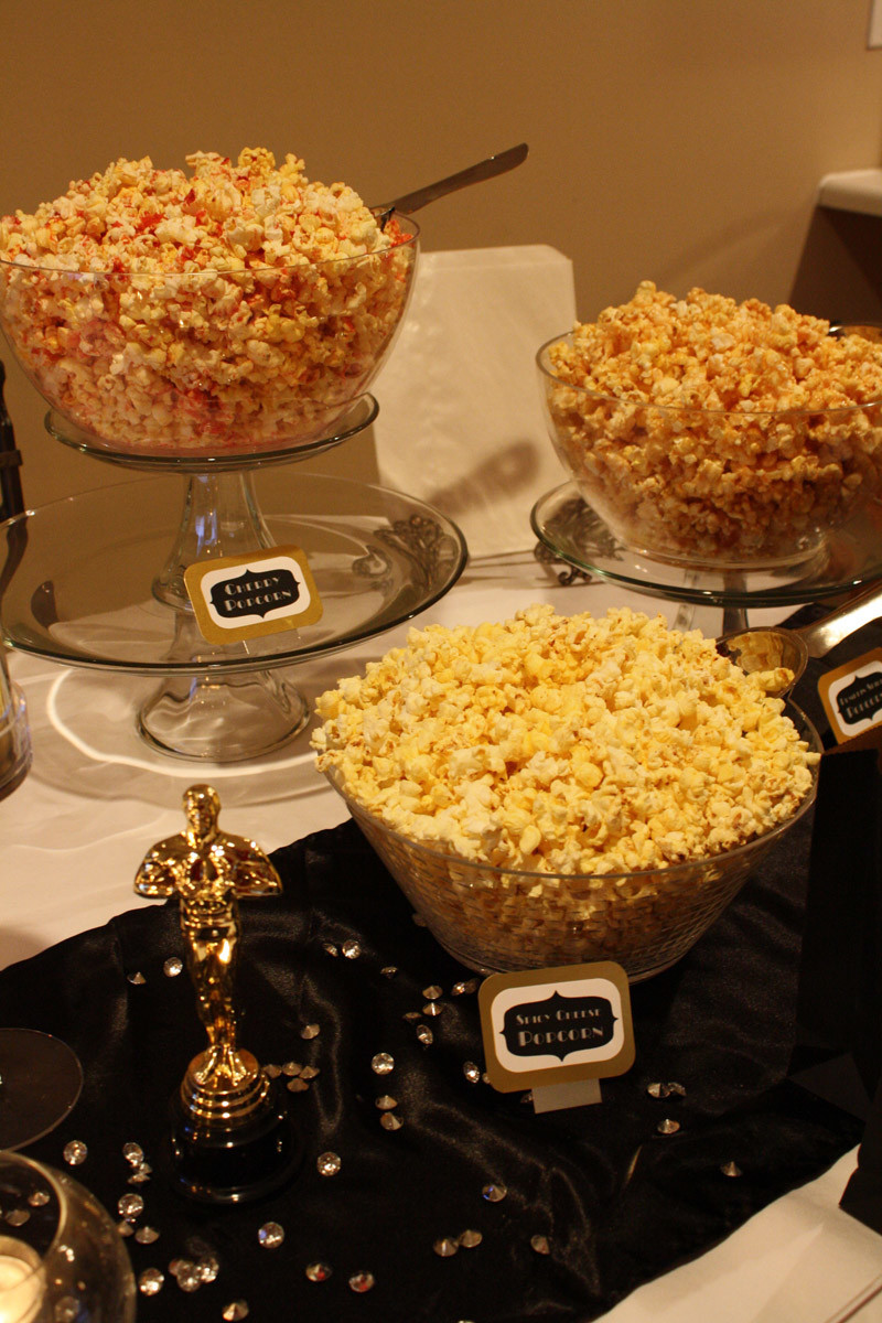 Flavored popcorn via Life in Yellow