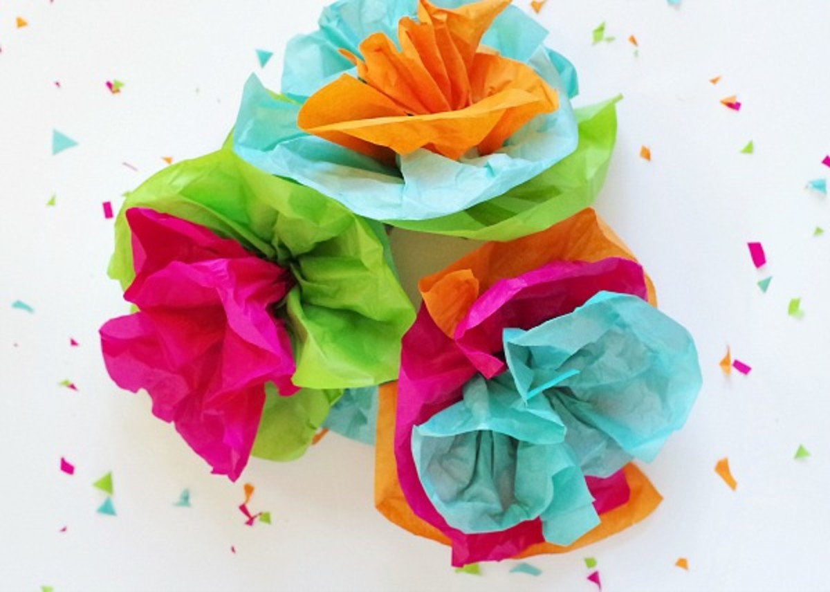 Tissue Paper Fiesta Flowers from valeventgal.com