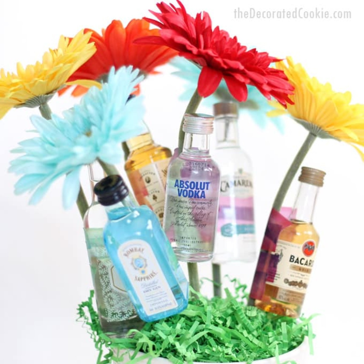Booze Bouquet from thedecoratedcookie.com