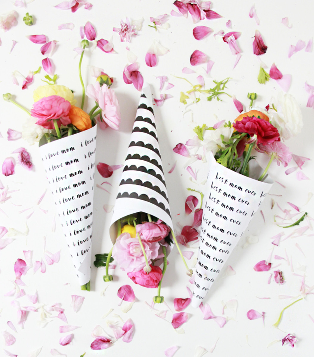 DIY Mother's Day Flower Bouquets Free Printables from abubblylife.com