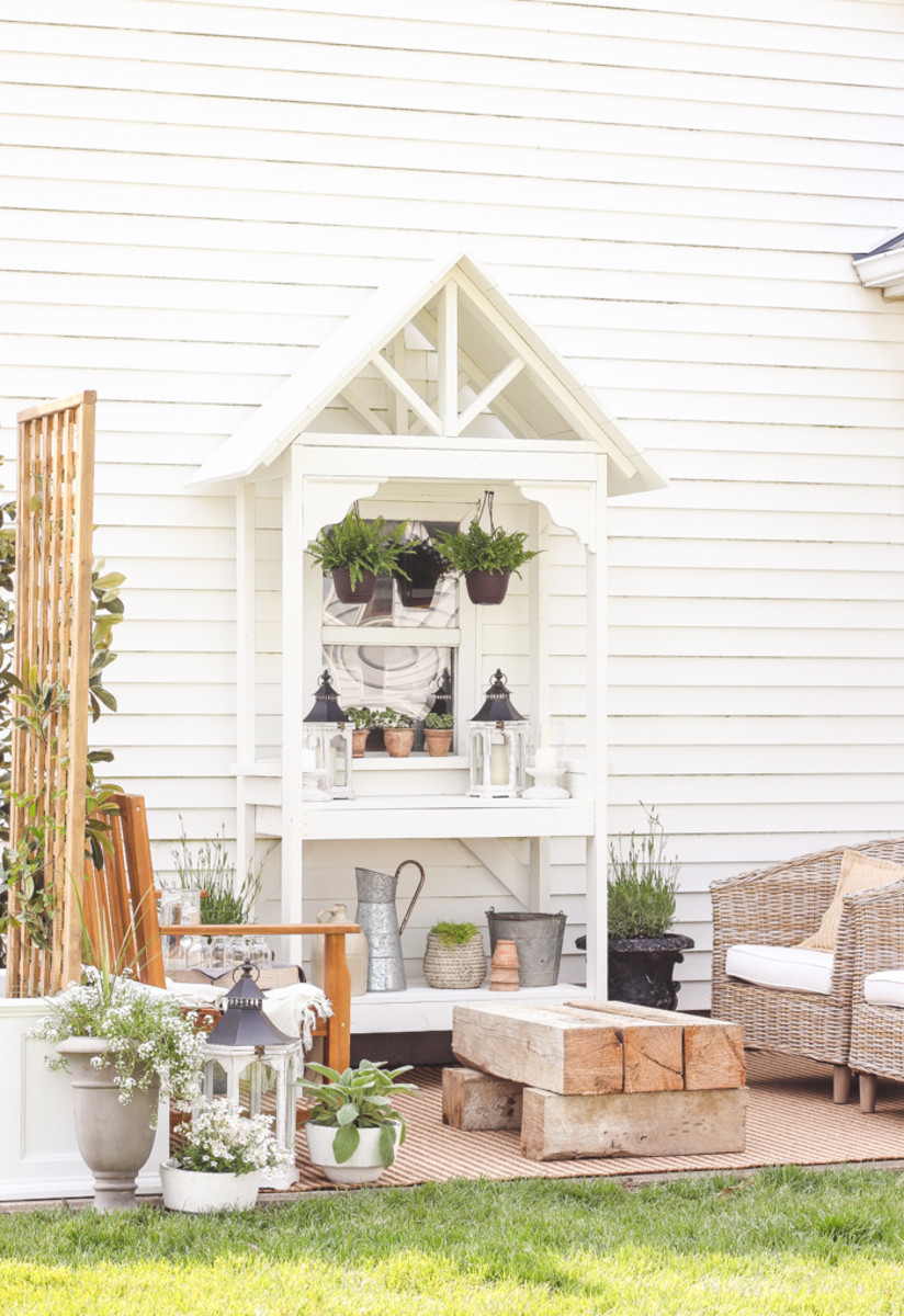 Summer Patio Makeover from lovegrowswild.com