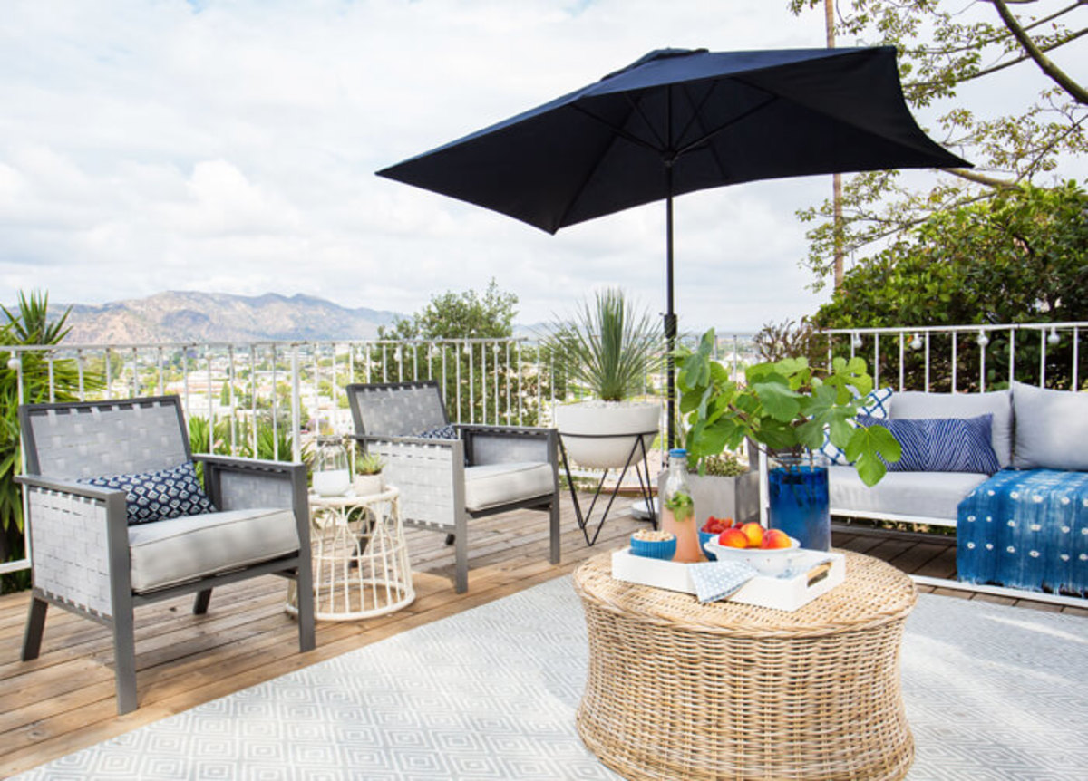 The Patio Makeover from stylebyemilyhenderson.com