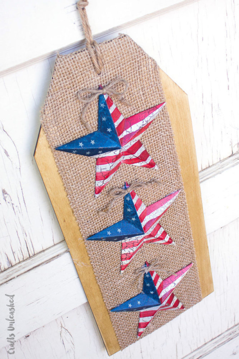 Stars & Stripes Hanging from blog.consumercrafts.com
