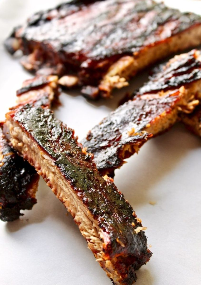 BBQ St. Louis-style Ribs Recipe from thehungrybluebird.com