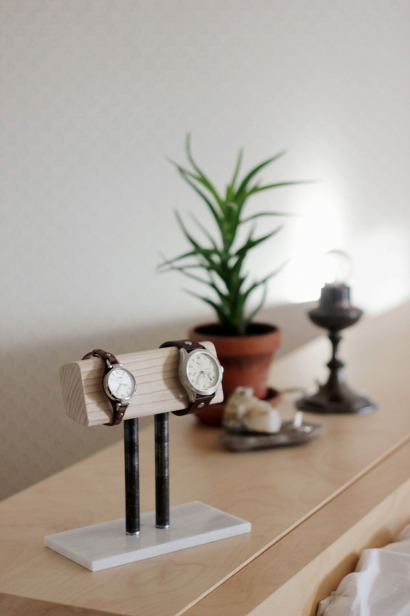 DIY Watch Stand from themerrythought.com