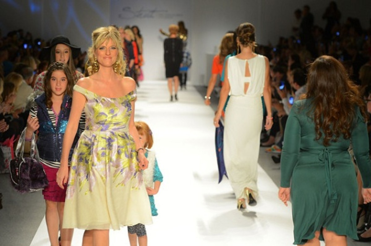 Strut+Fashionable+Mom+Show+Runway+Spring+2013