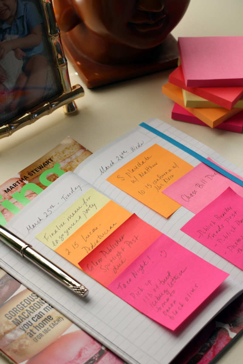 DIY-Post-It-Note-Calendar