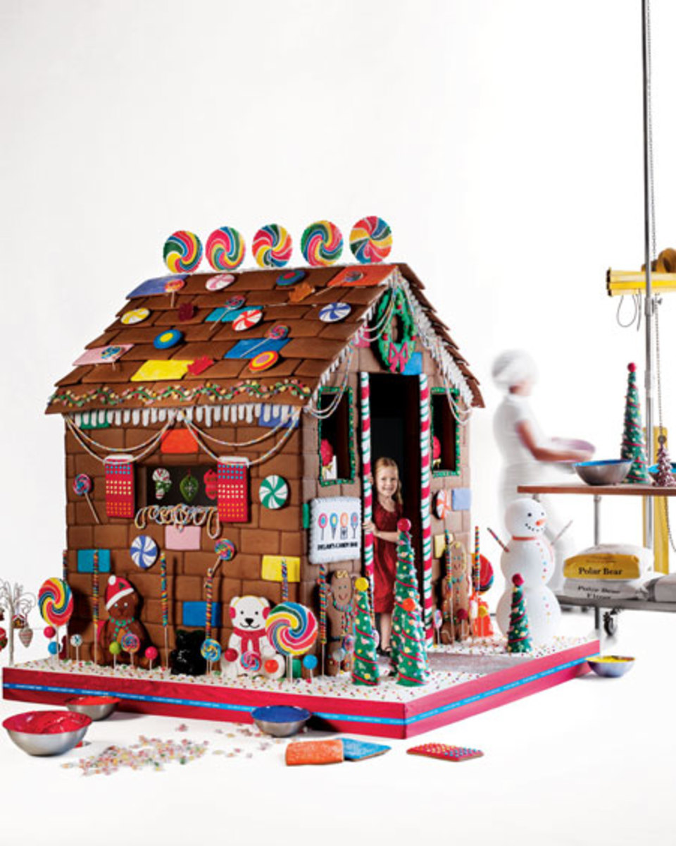 Dylans Candy Bar Gingerbread House Neiman Marcus