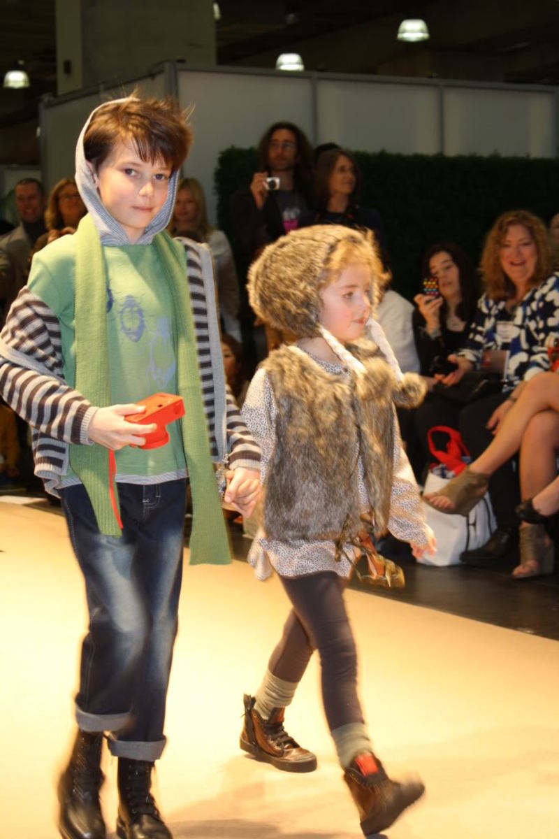 Fox & FInch by Minihana ENK Vogue Bambini 2011 Fashion Show