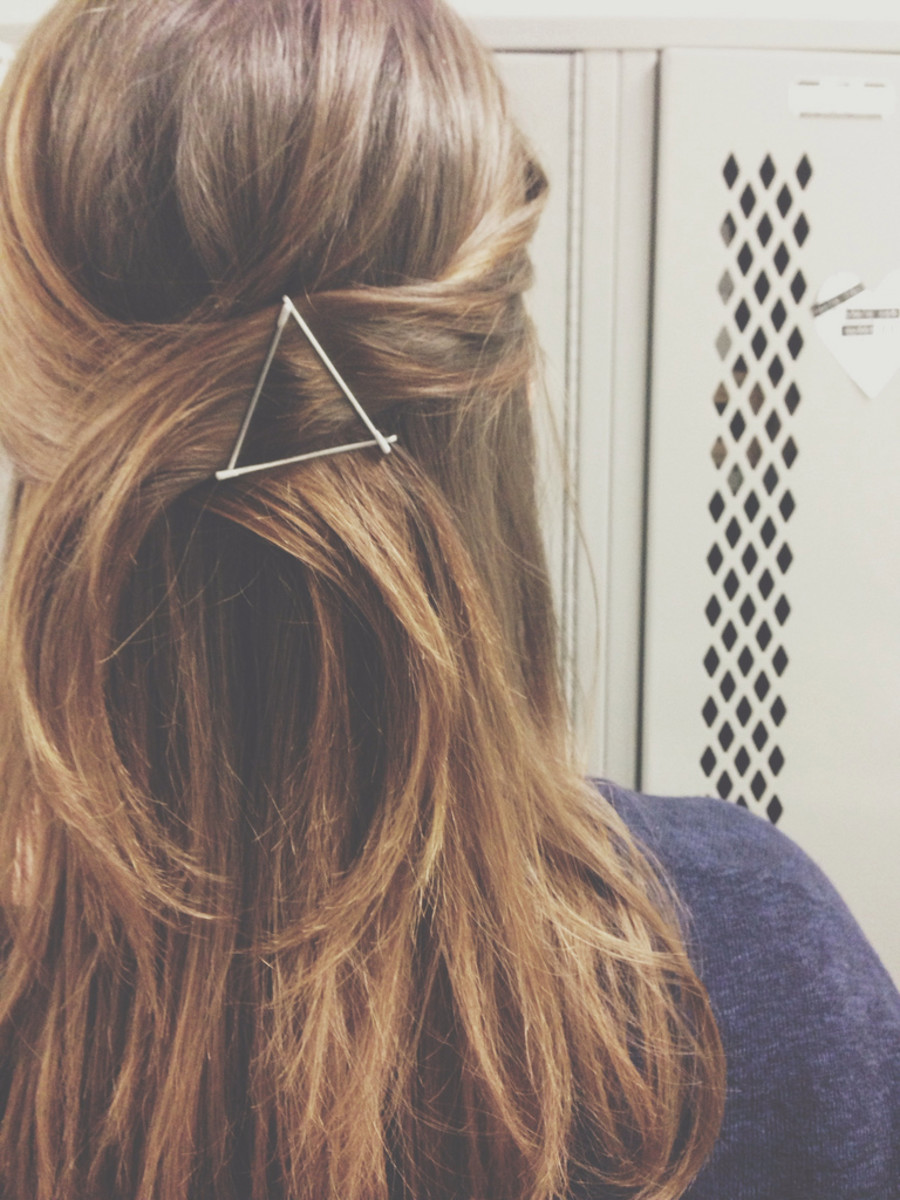 bobby pins as accessories via mucho mucho bueno bueno