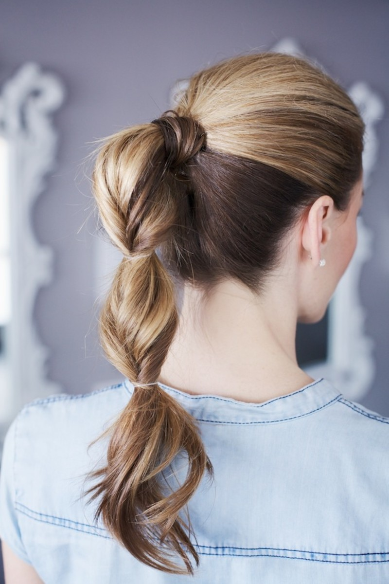 simple summer twisted ponytail via Camille Styles
