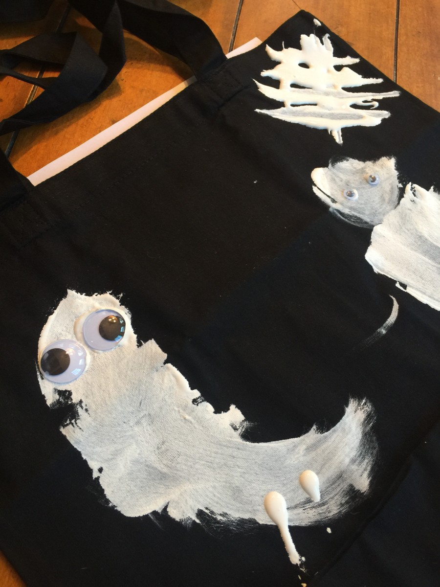 cool-school-ghostly-tote