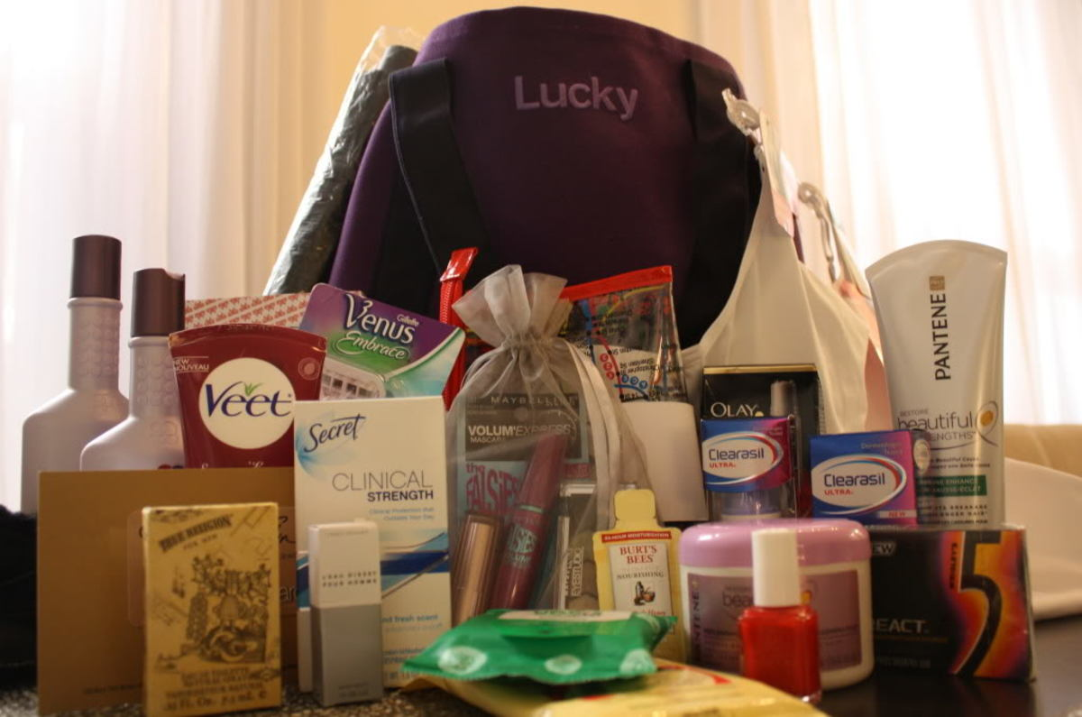 Lucky Shops 2010 VIP Gift Bag