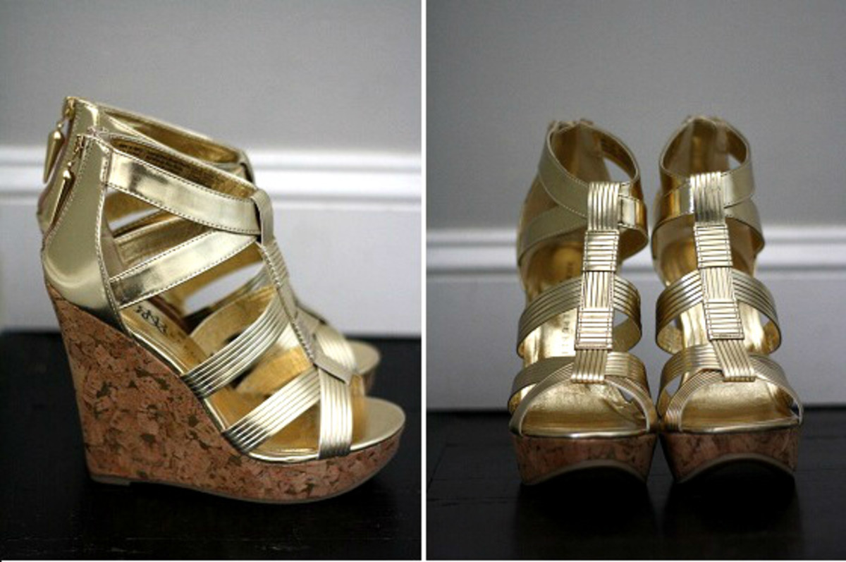 Rock & Republic Metallic Wedges