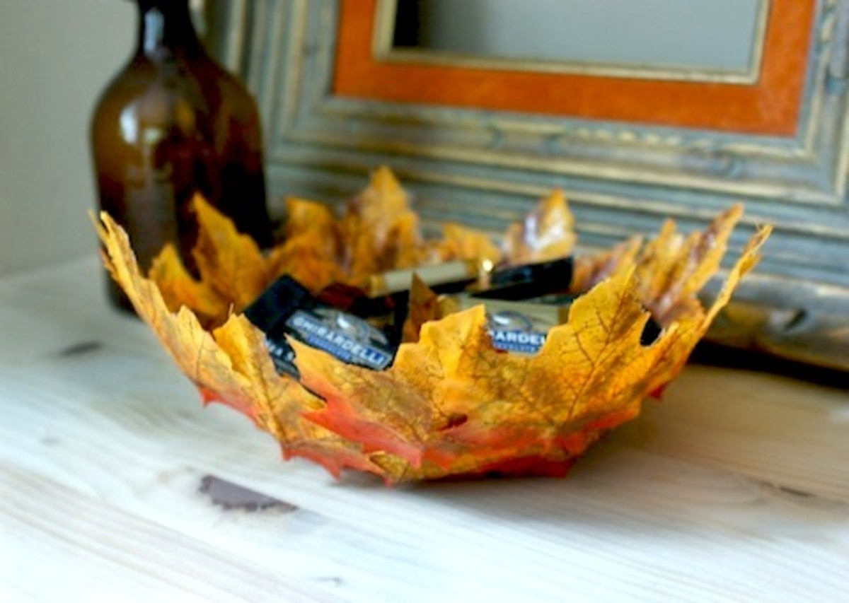 diy-autumn-leaf-bowl-HelloLucky2