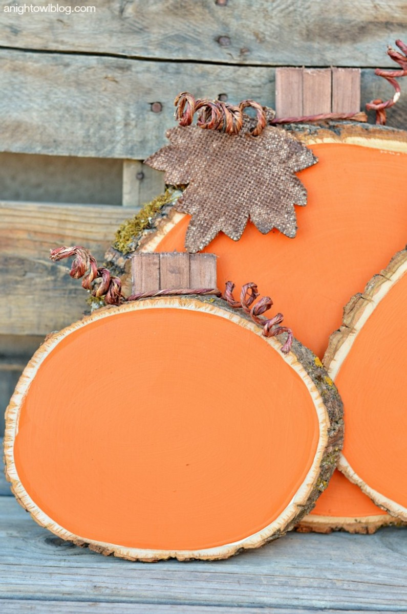 Painted-Wood-Slice-Pumpkins-4