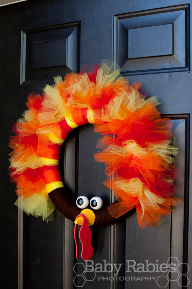 Turkey Tulle Wreath from Baby Rabies