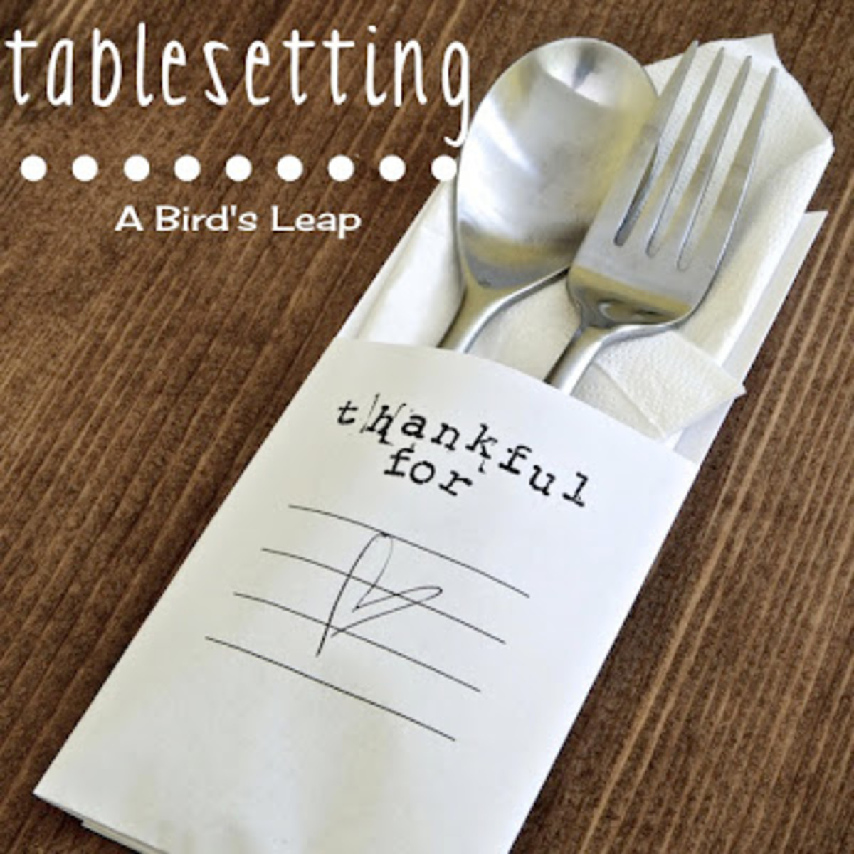 Minimalist Thanksgiving Table Setting from A Bird's Leap